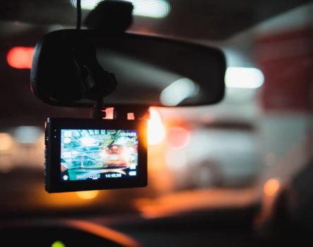 行車記錄器選擇多,掌握4大挑選重點,確實保障自身權益